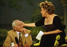 Bette Midler bids farewell to Johnny Carson.
